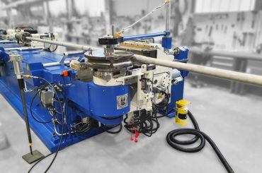 Schwarze-Robitec liefert zweite Rohrbiegemaschine an Framo